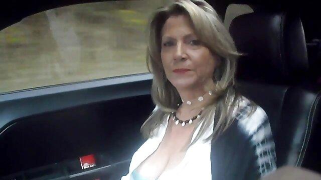 ぽっちゃり成熟fucksのような20歳の女の子 無料 av 女性 専用