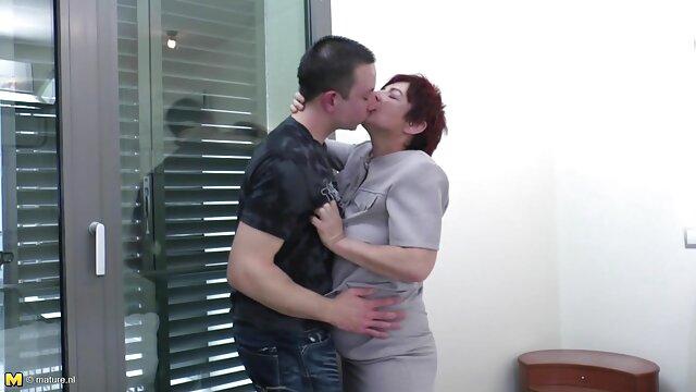 スペイン脂肪妻とともに彼女のパートナー試しdesi夫fucksの獣 無料 女性 用 アダルト ビデオ