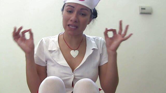 ふしだらな女との最初のデートでは、離婚の体をファックします 女子 向け セックス 動画
