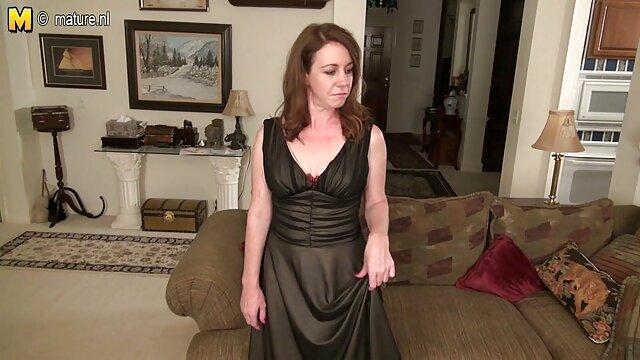 彼女は母親と息子である前に踊る 女性 専用 セックス 無料 動画