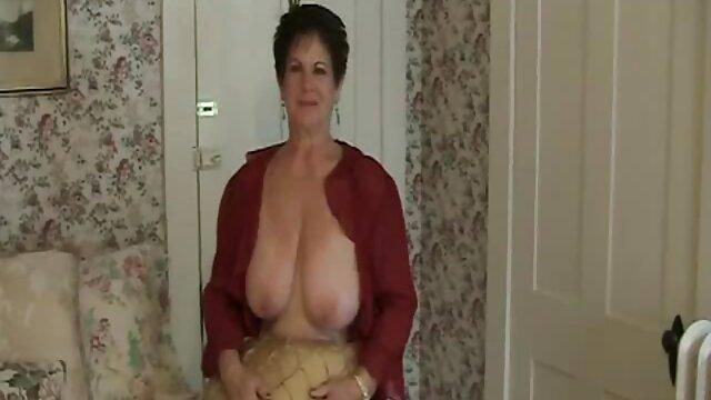 彼女はトイレに行くことを好む 女性 用 エッチ な 動画