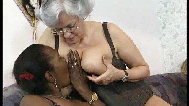 Krissy 女性 向け 無料 セックス Lynnで彼女の口持ってa素敵なコック